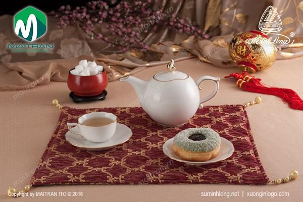 Bộ trà gốm sứ Minh Long Bộ trà 0.7L Mẫu Đơn IFP viền chỉ vàng