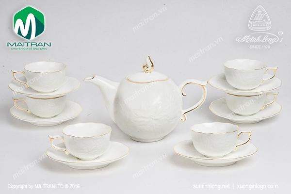 Bộ trà 0.7L Sen IFP viền chỉ vàng